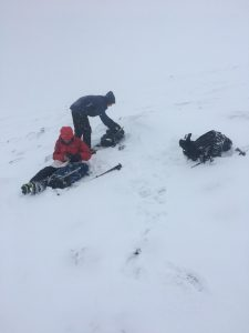 ready2climb: two winter walkers preparing for worsening conditions
