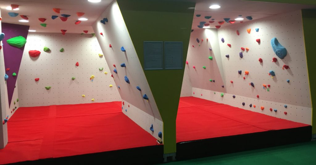 ready2climb: an indoor bouldering wall